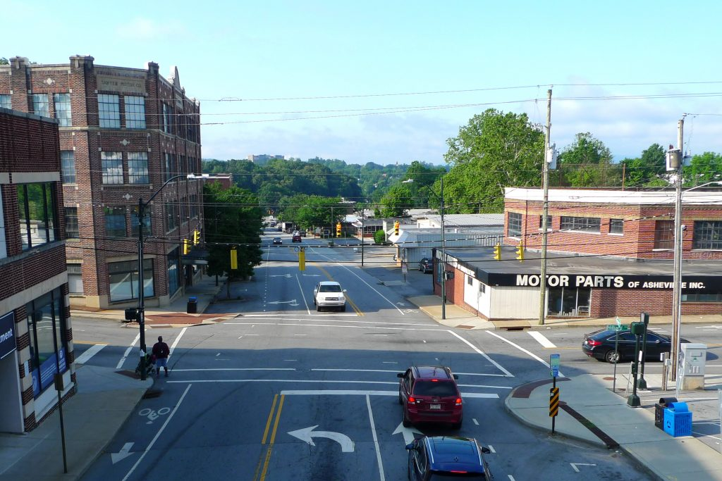 Image: Looking south, aerial view, from Hilliard looking down Coxe Ave